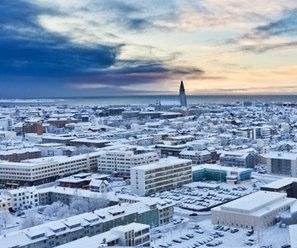 Iceland's tourism boom offers lessons to Arctic nations