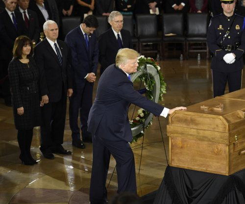 Trump honors 'extraordinary life' of Billy Graham at Capitol ceremony