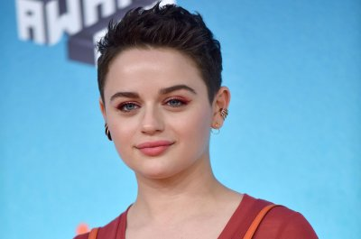 Joey King, 'Riverdale,' 'Infinity War' win Kids' Choice Awards