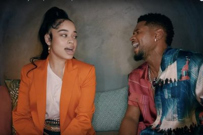 Usher, Ella Mai party in 'Don't Waste My Time' music video