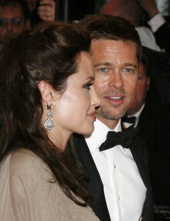 Paparazzi arrested on Jolie-Pitt property