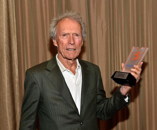Clint Eastwood to helm Chesley 'Sully' Sullenberger biopic
