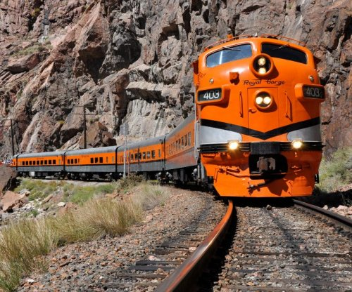 Colorado tourist train conductor falls to her death