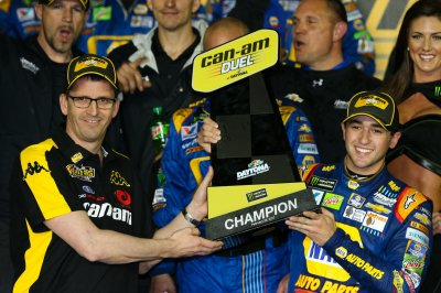 NASCAR: Chase Elliott signs four-year extension with Hendrick Motorsports