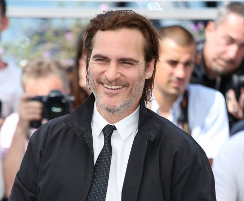 Joaquin Phoenix in talks to portray The Joker in planned origin film