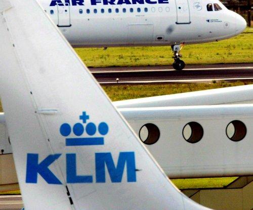 KLM denies racism behind Korean-language sign