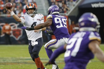 Minnesota Vikings' Danielle Hunter agrees to reworked contract