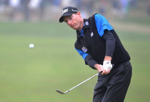 Furyk jumps to Tour Championship lead
