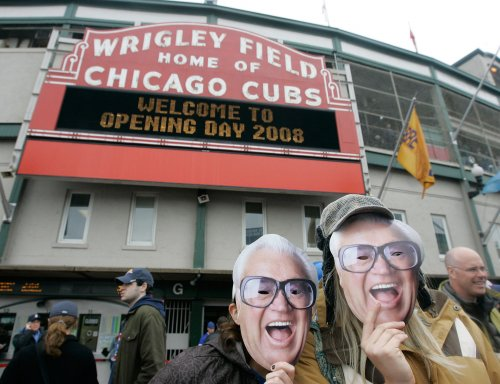 Cubs crack Caray statue after move