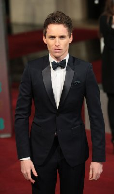 'Les Mis' co-star Redmayne had food poisoning at BAFTAs