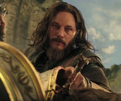 Travis Fimmel, Toby Kebbell star in first 'Warcraft' trailer