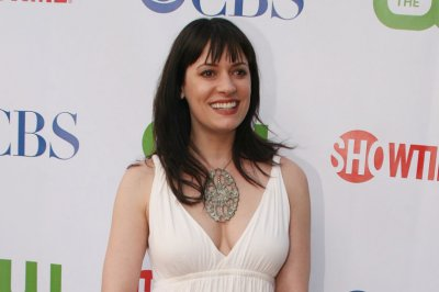 paget brewster net worth