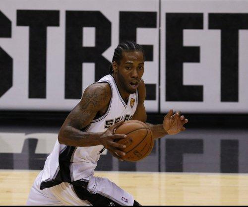 San Antonio Spurs' Kawhi Leonard selected unanimously to all-defensive team