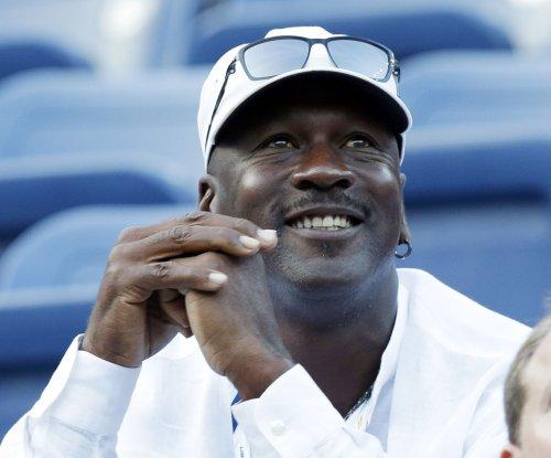 Michael Jordan vetoed a Tracy McGrady for Scottie Pippen trade
