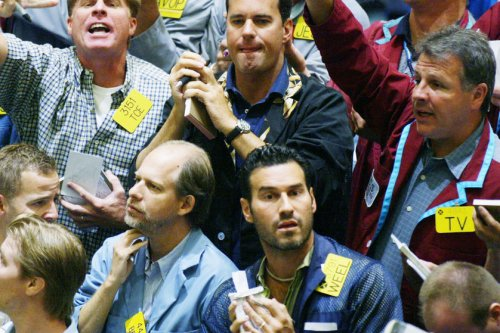 Balanced sentiment drives oil prices higher