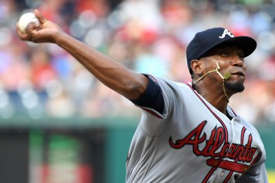Atlanta Braves look to complete sweep of Pittsburgh Pirates