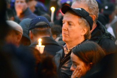 Vigils held for Pittsburgh synagogue shooting victims