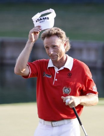 Langer, Simpson share Tradition lead