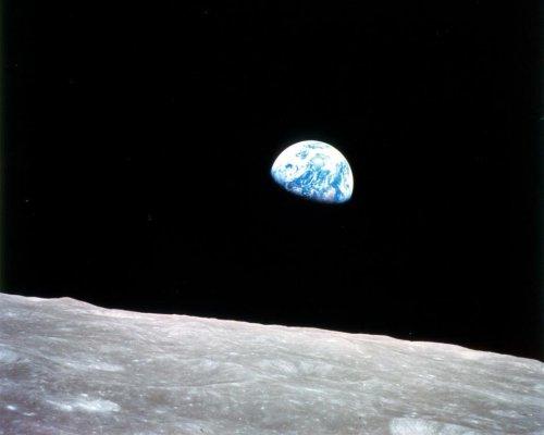 NASA celebrates 45th anniversary of Apollo 8 'Earthrise' photo