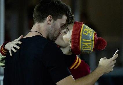 Miley Cyrus spotted kissing rumored beau Patrick Schwarzenegger