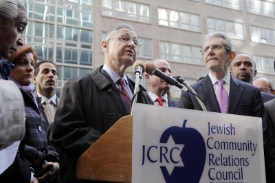 Former N.Y. Assembly Speaker Sheldon Silver pleads not guilty to corruption charges