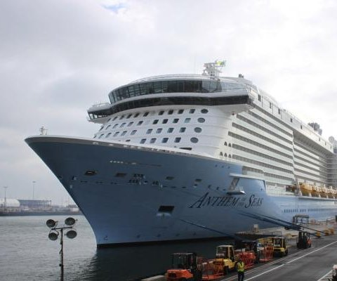 Passenger sues cruise line after voyage through storm