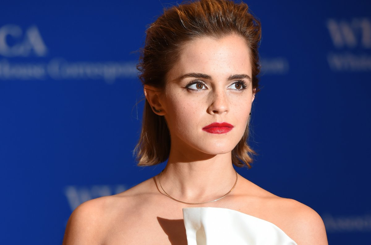 emma watson urges women to vote calls election excruciating in emma watson urges women to vote calls election excruciating in twitter essay com