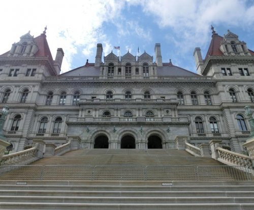 New York state lawmakers denied pay hike by commission