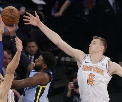 Courtney Lee, Kristaps Porzingis' return spark New York Knicks to victory