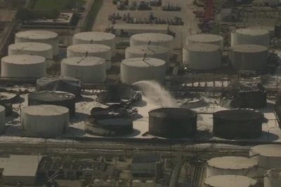 Coast Guard briefly opens part of waterway near Texas plant fire
