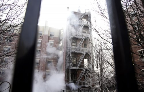 NYC explosion: at least 15 injured, 1 dead