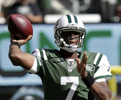 Jets turn back to Geno Smith