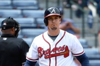 Pierzynski guides Atlanta Braves past Milwaukee Brewers