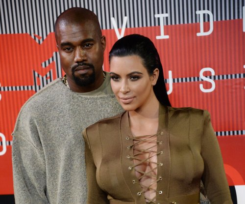 NYFW: Kanye West plans last-minute Yeezy Season 2 fashion show