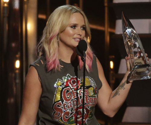 Miranda Lambert reportedly dating after Blake Shelton split