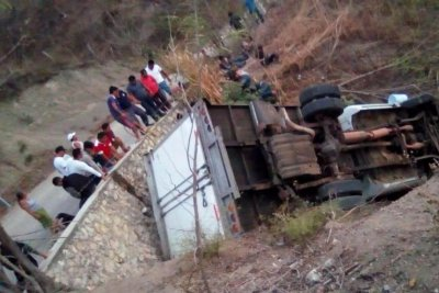 25 Central American migrants killed in Mexico highway crash