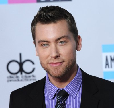 Jessica Biel gave Lance Bass wedding pointers