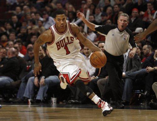 Bulls visit Central-rival Pistons