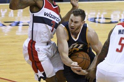 Utah Jazz drub Detroit Pistons in opener of road trip