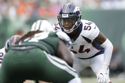 Oakland Raiders re-sign veteran LB Brandon Marshall