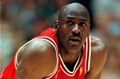 Michael Jordan says he had food poisoning -- not flu- - in NBA Finals