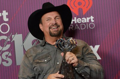Garth Brooks promotes unity in 'We Belong to Each Other'