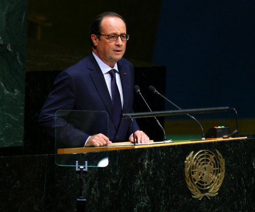 France's Hollande, Italy's Renzi call for better Eurozone communication