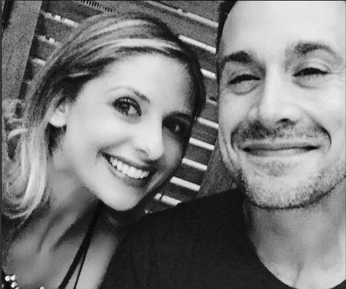 Sarah Michelle Gellar, Freddie Prinze Jr. share date night photo