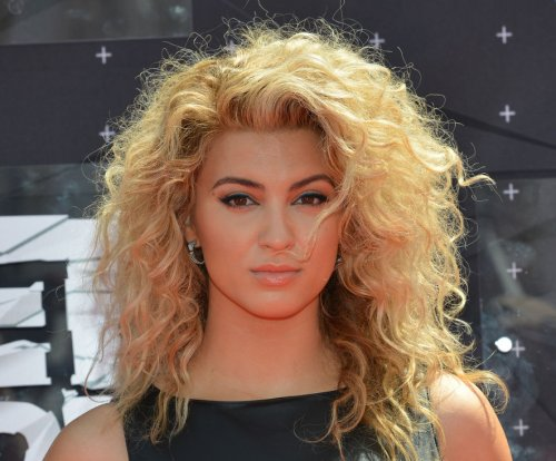 Tori Kelly celebrates VMAs performance with medley video