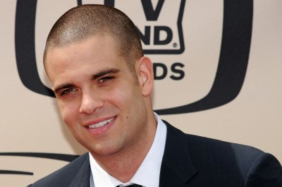 Former 'Glee' star Mark Salling cuts $100K check for clerk of courts