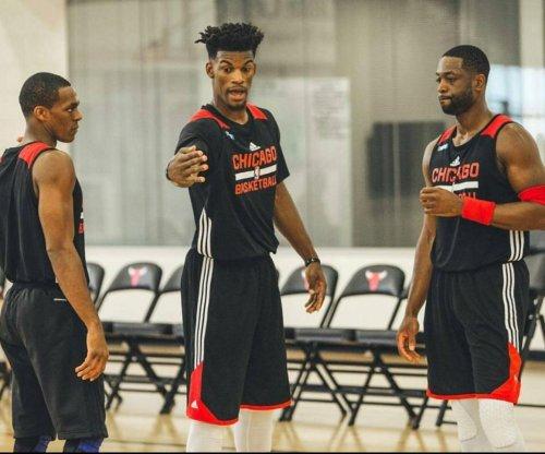 'Three Alphas' lead Chicago Bulls to season-opening win