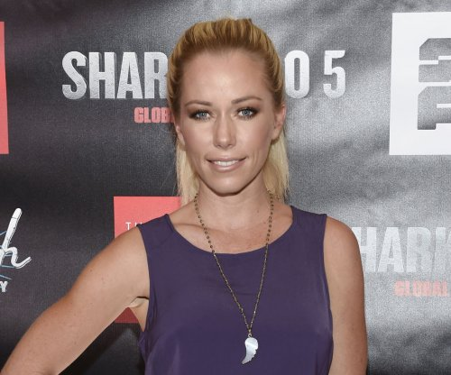 Kendra Wilkinson feeling 'better' after trip to emergency room