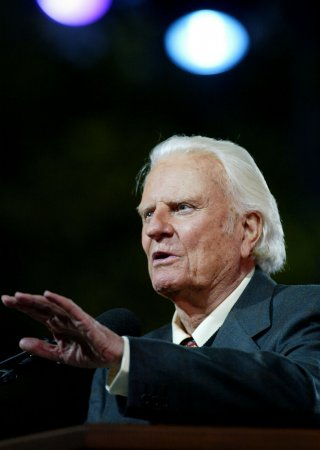 Billy Graham hospitalized for respiratory illness