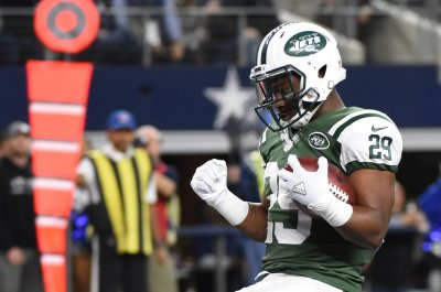 New York Jets win ugly over Dallas Cowboys to boost playoff hopes